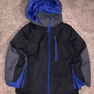 Boys snow outfit size 5/6